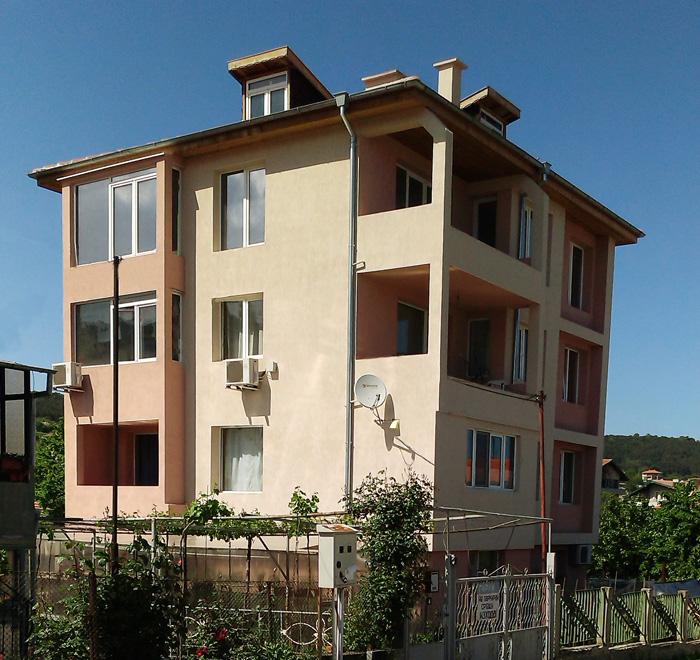 Еднофамилна къща 250 м², кв. Виница, Варна